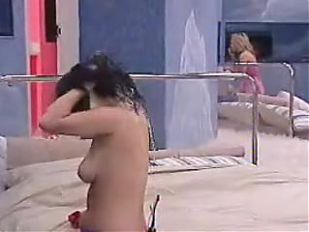Vesna - Putting On Bikin big brother aus