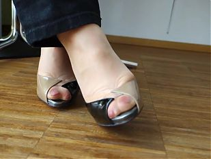 Feet in Nylon - Video 24