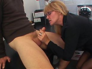 mature lady getting fuck