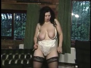 Renata hairy strip bate