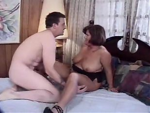 chubby mature whore gets her pussy fingured and fucked hard