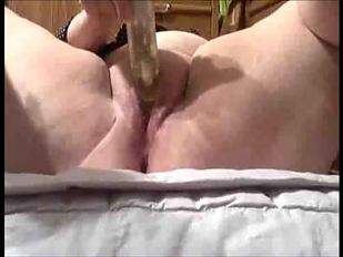 BBW plays with pussy and fisted real good